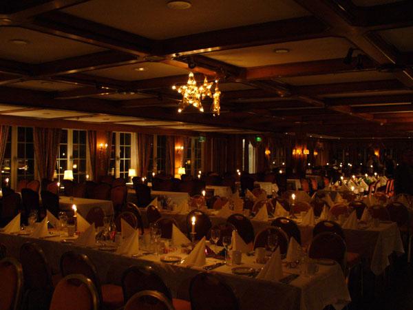 Ресторан в новогоднюю ночь / Фото из Норвегии