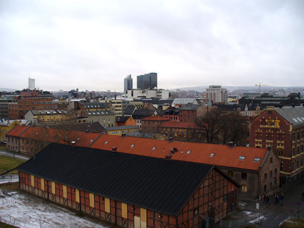 Вид на столицу Норвегии с крепостных стен / Фото из Норвегии
