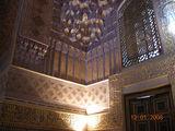 внутри одного из мавзолеев в Шахи-Зинда / Таджикистан