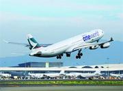 самолет Cathay Pacific в ливрее oneworld