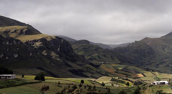 Долина вблизи вулкана Килотоа, Эквадор / Фото из Эквадора
