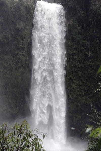 Водопад на реке Пита, Эквадор / Фото из Эквадора