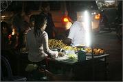 уличная торговка в Пномпене / Камбоджа