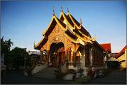 раннее утро в Чанг Мае / Камбоджа
