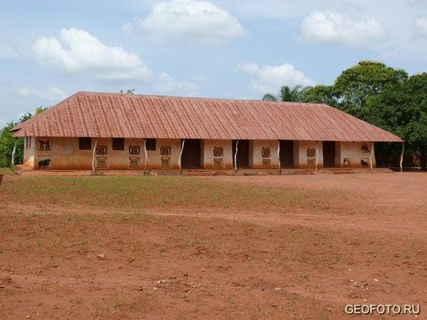 Дворец королей Дагомеи в Абомее / Фото из Бенина