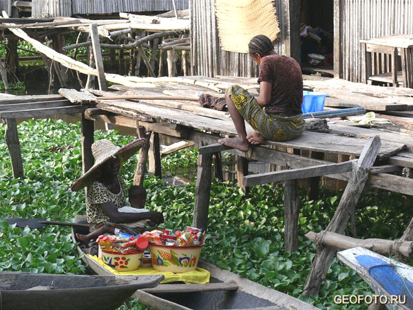 Фотографироваться жители Ганвье не любят / Фото из Бенина
