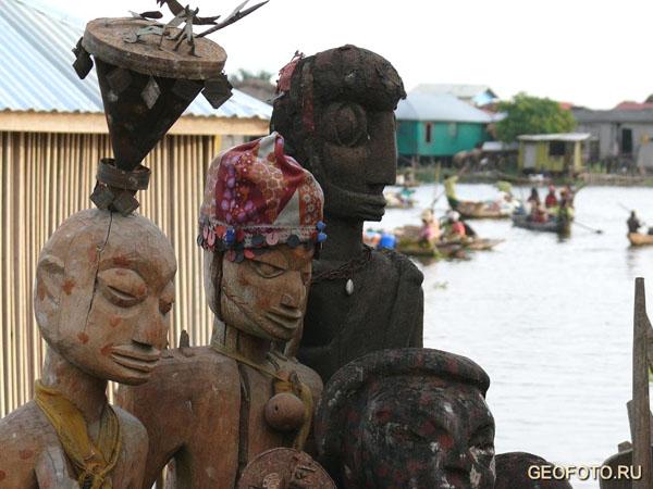 В рыбацкой деревне Ганвье / Фото из Бенина