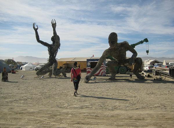 Причудливые инсталляции на фестивале Burning Man / Фото из США