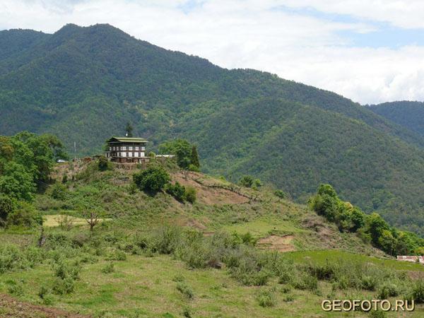 Бутан - гималайская Швейцария / Фото из Бутана