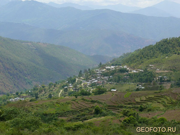 Южные склоны Гималаев – просто рай на земле / Фото из Бутана