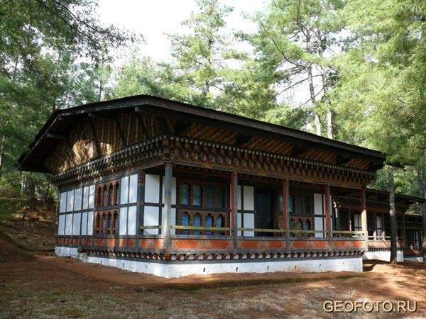 """Моё бунгало в отеле """"Олатанг"""" - старейшем в Бутане (1974 г.) / Фото из Бутана"""