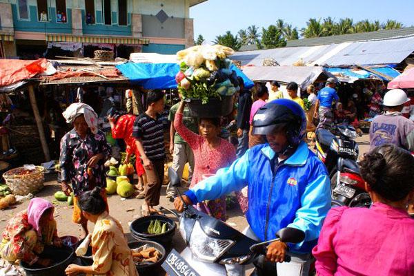 Рынок на Ломбоке / Фото из Малайзии