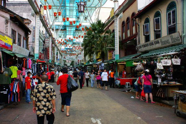 Улица Петалинг – главная в китайском квартале / Фото из Малайзии
