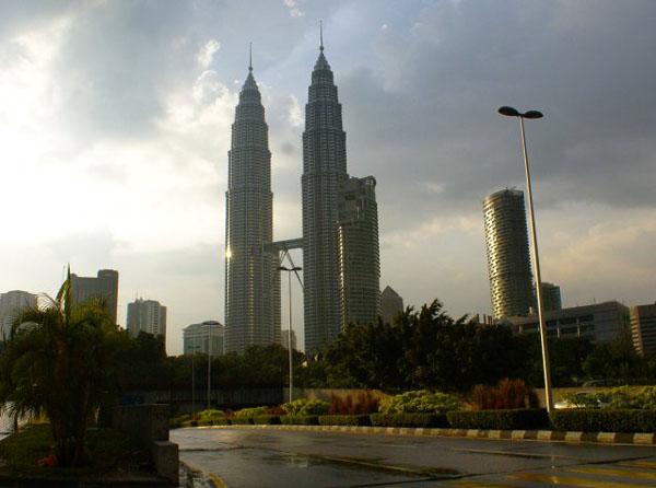 Башни-близнецы Petronas / Фото из Малайзии