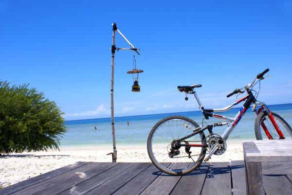 Велик - лучший транспорт для Гили-Травангана / Фото из Малайзии