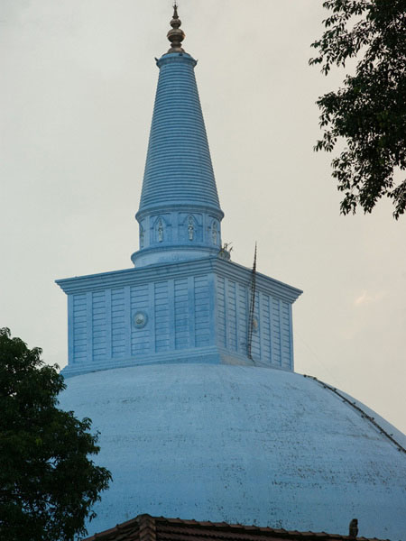 Дагоба Руанвели в Анурадхапуре, Шри-Ланка / Фото со Шри-Ланки