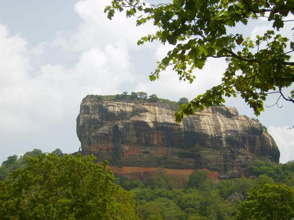 """""""Львиная гора"""" - величественный памятник природы, Шри-Ланка / Фото со Шри-Ланки"""
