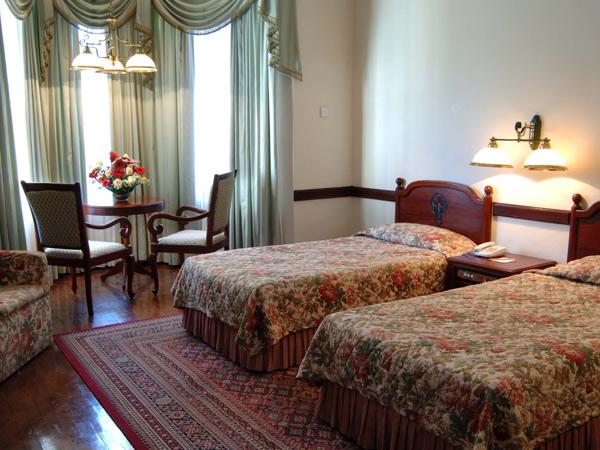 Один из номеров Grand Hotel Nuwara Eliya / Фото со Шри-Ланки