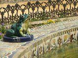 фонтан в парке Мария Луиза / Испания