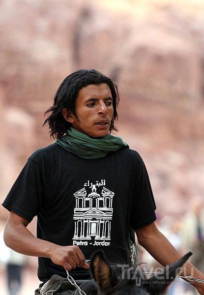 Бедуин в Петре / Фото из Израиля