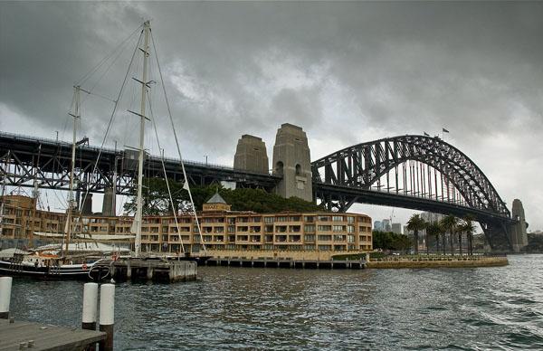 Harbour Bridge - один из самых больших арочных мостов мира / Фото из Австралии