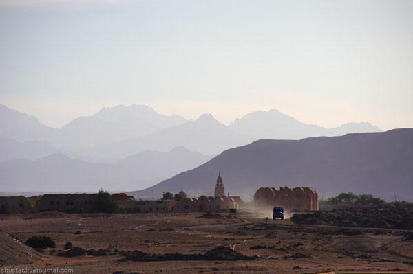 Курорт Эль-Гуна быстро застраивается / Фото из Египта