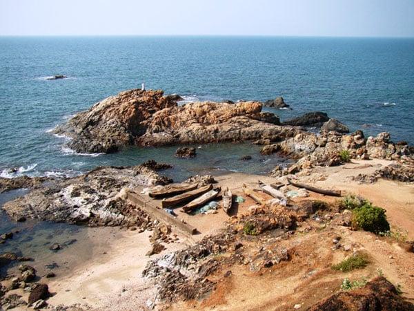 На пляже Вагатор в Гоа / Фото из Индии