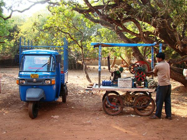 Так делают сок из сахарного тростника, Гоа / Фото из Индии