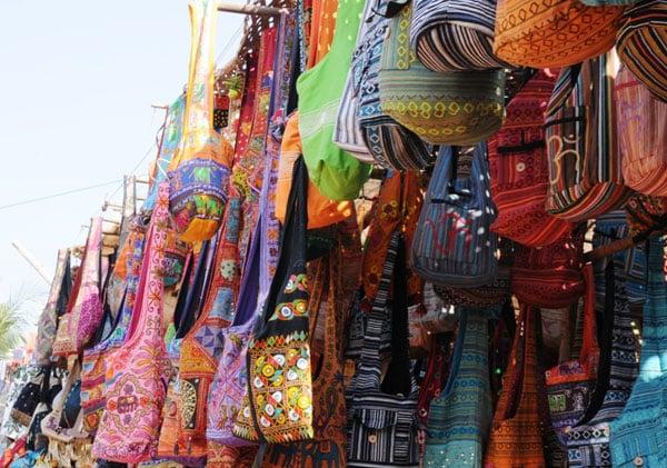 Торговаться на базарах в Индии - обязательно! / Фото из Индии