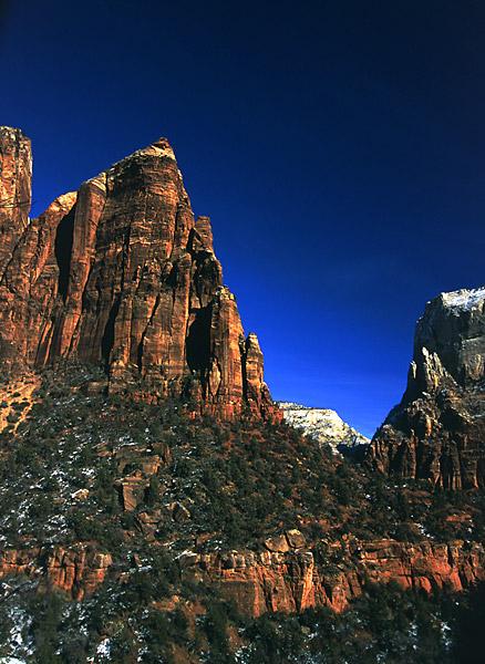 """Группа скал """"Двор патриархов"""", национальный парк Zion / Фото из США"""