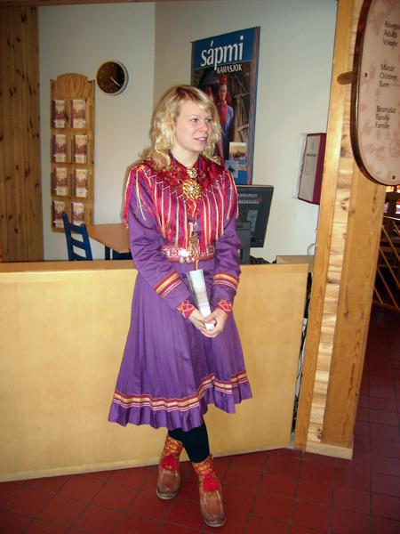 Саамская девушка  / Фото из Норвегии