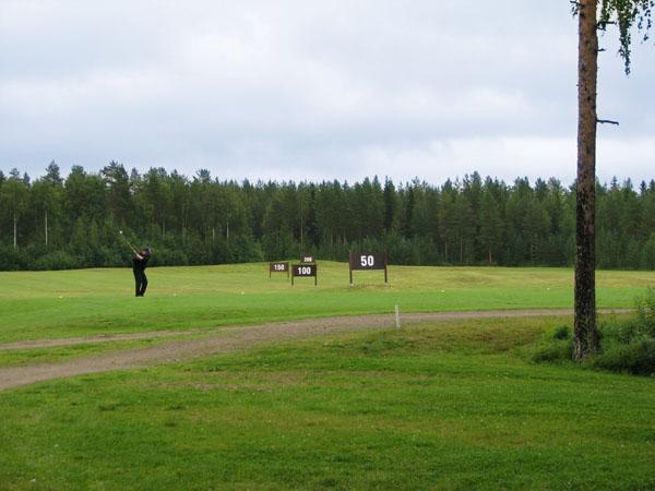 Тренировочное поле для длинных ударов, Paltamo Golf / Фото из Финляндии