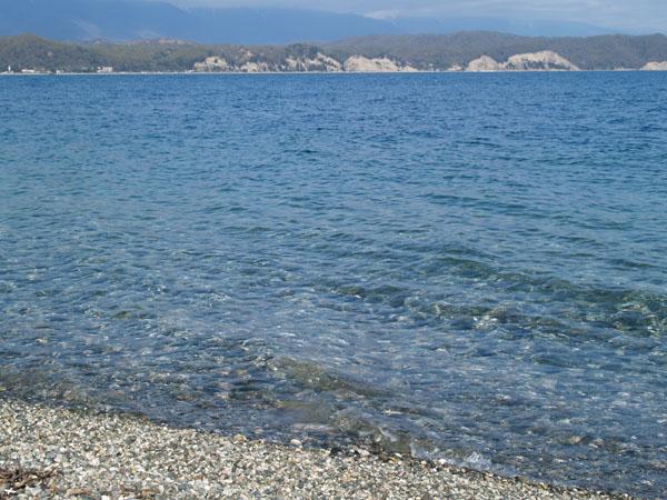 Прозрачные воды Черного моря, Пицунда / Фото из Абхазии
