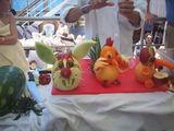 Фигурки из овощей и фруктов / Куба