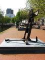"""Скульптура """"невероятное нечто"""" / Нидерланды"""