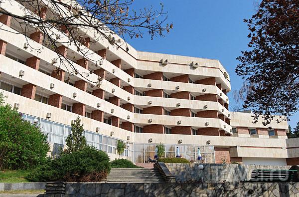 Spa Hotel Hissar 4* расположился в обновленном здании бывшего санатория, курорт Хисаря / Фото из Болгарии