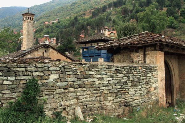 Вид на Баба-Арабати-Текке в Тетово / Фото из Македонии