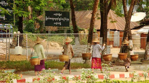 Бирма - колоритная азиатская страна / Фото из Мьянмы