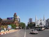 Городская улица / Мьянма
