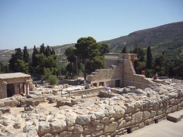 Руины Кносского дворца на острове Крит / Фото из Греции
