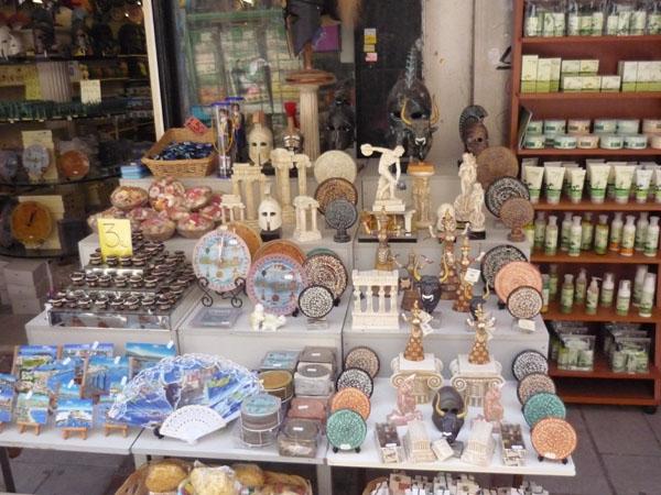 Традиционные сувениры с острова Крит, Ираклион / Фото из Греции