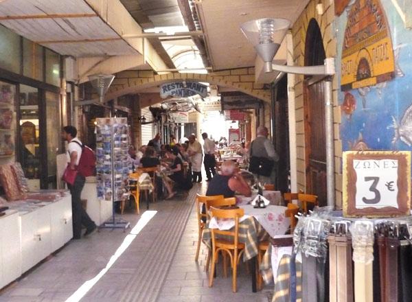Колоритный рынок Ираклиона / Фото из Греции