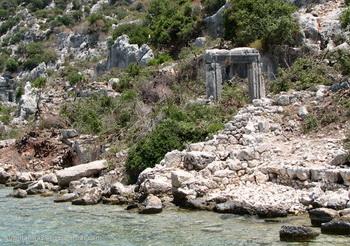 Каменные саркофаги / Турция