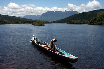 Вверх по течению рек Каррао и Чурун / Венесуэла