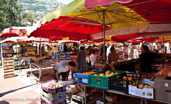 Рынок в Монако / Фото из Монако