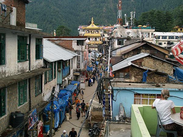 Улица Jogibara Road в Макледгандже / Фото из Индии