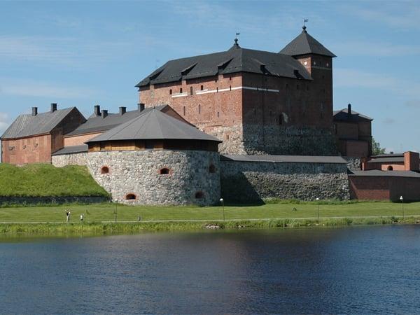 Замок Хяме построен во времена Второго шведского крестового похода (середина XIII века) / Фото из Финляндии
