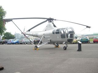 Первый вертолет британского производства / Великобритания