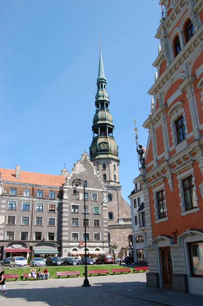 Собор Святого Петра и Дом Черноголовых, Рига / Фото из Латвии