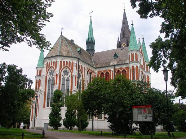 Город Йёнчепинг может гордиться образцами храмовой архитектуры / Фото из Швеции